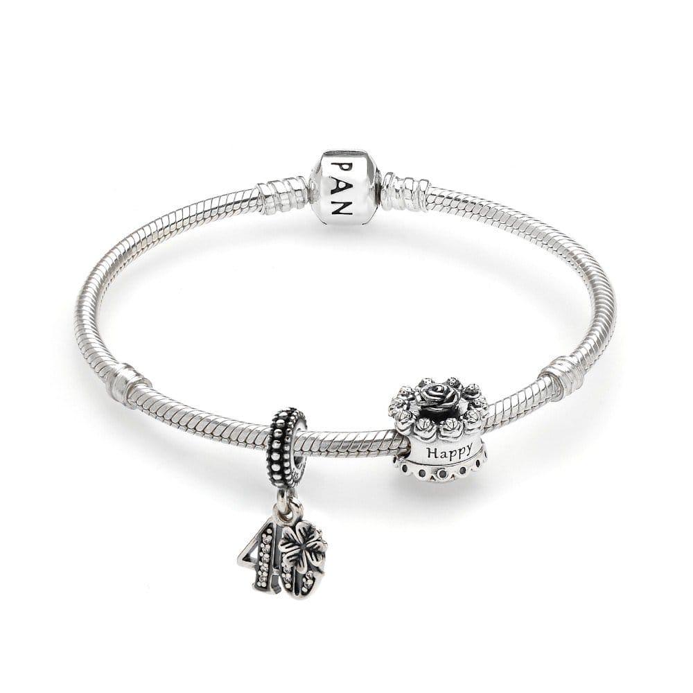 pandora bracelet 40