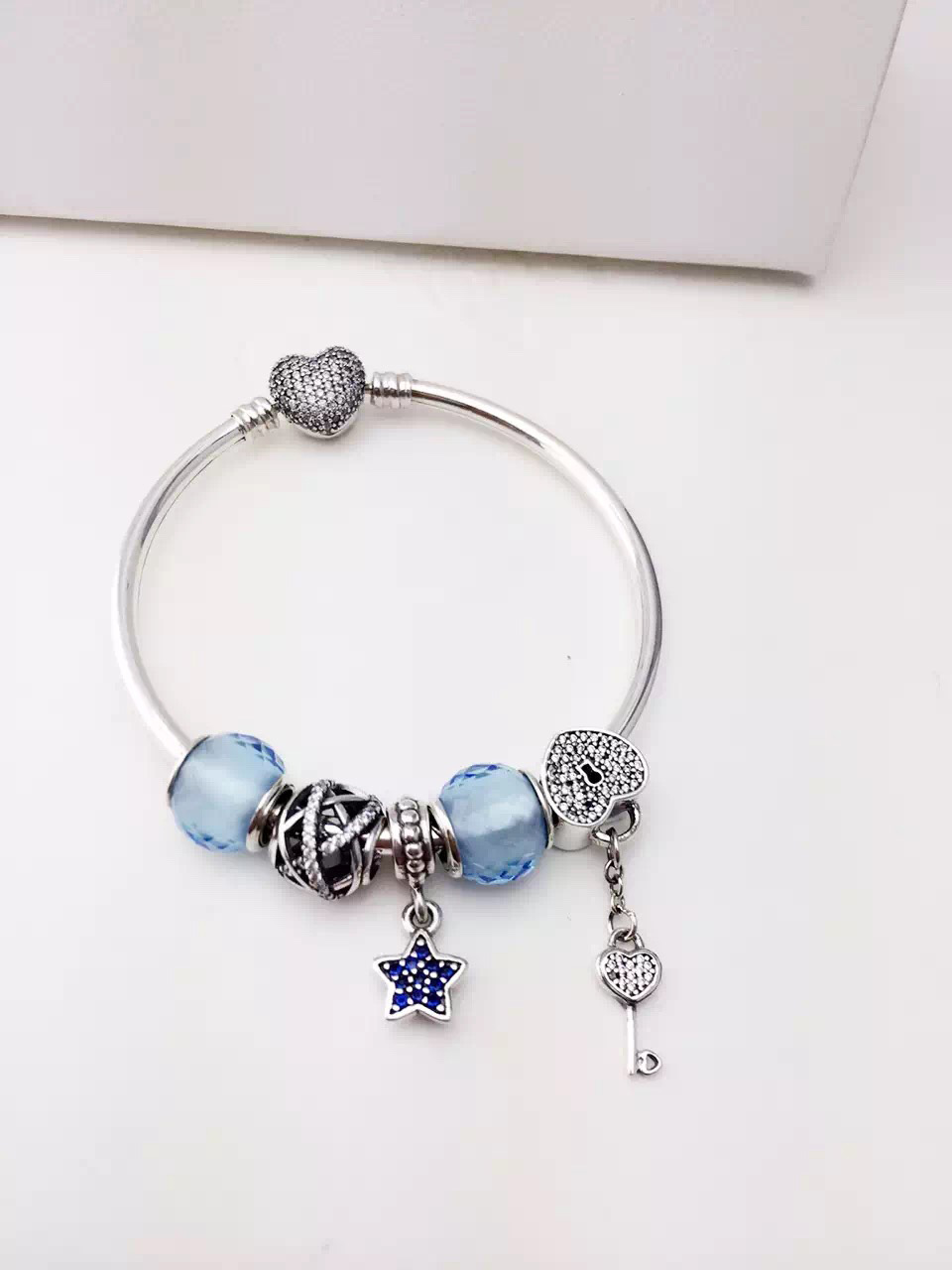 pandora bracelet 50 off