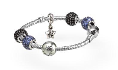pandora bracelet a breloque