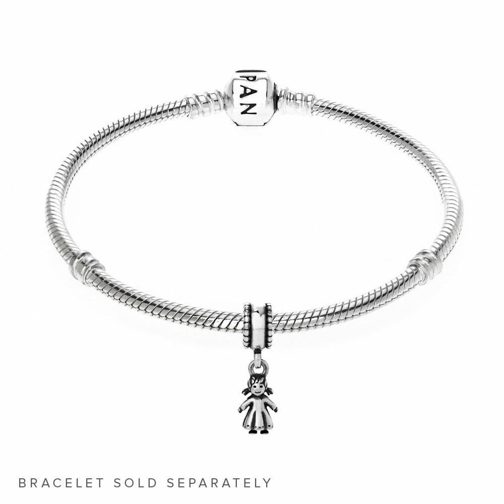 12de4480e pandora bracelet girl