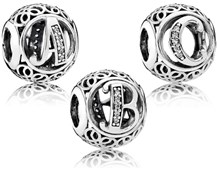 pandora charms initiale